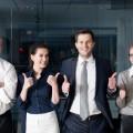 企業文化にふさわしい人を雇い教育の仕組みにのせて模範を見せて教育する